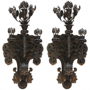 Alessandro Mazzucotelli Pair of Iron Sconces, circa 1910, Italy.
