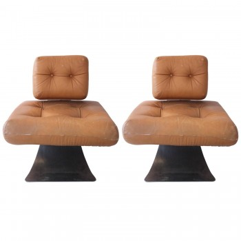 Pair of Armchairs by Oscar Niemeyer, Fireside Brazilia ON1, circa 1971