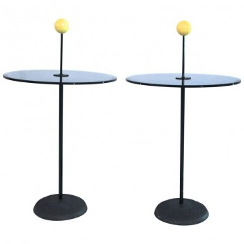 Pierluigi Cerri for Fontana Arte, Pair of Petist Pedestal Tables, circa 1980.